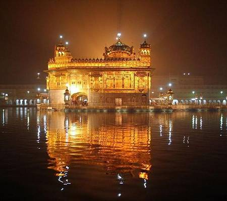 Viresoky Golden Temple Vellore At Night