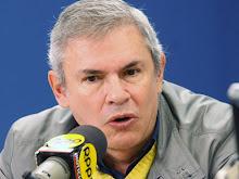 LUIS CASTANEDA LOSSIO