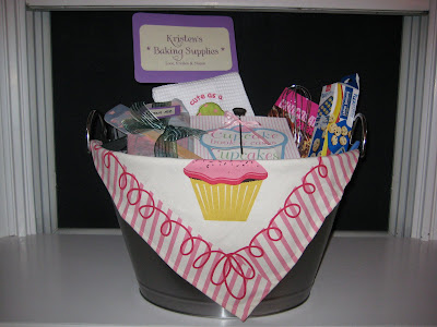 Bridal Shower Gift Basket Ideas on Soon 2 B Mrs  G  Bridal Shower Gift Idea  Baking Basket