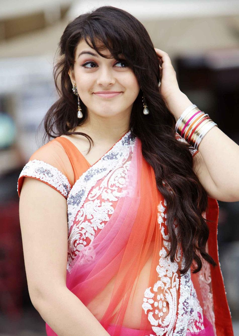 Indian-filmstar-celebrity-cine-actress-movie-star-film-heroine-Hansika-Motwani