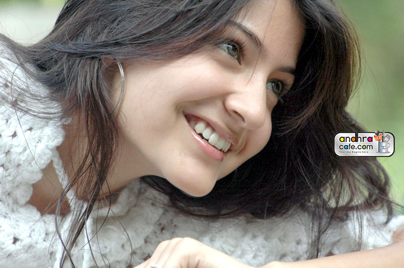Anushka Sharma - Gallery Colection