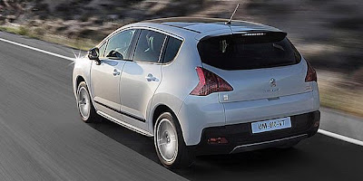 Peugeot 3008 HYbrid4 Picture