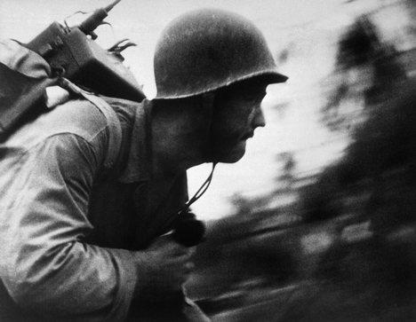 war+and+com.jpg
