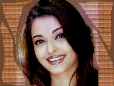 Ram Gopal Varma becomes Big Fan of Aishwarya Rai