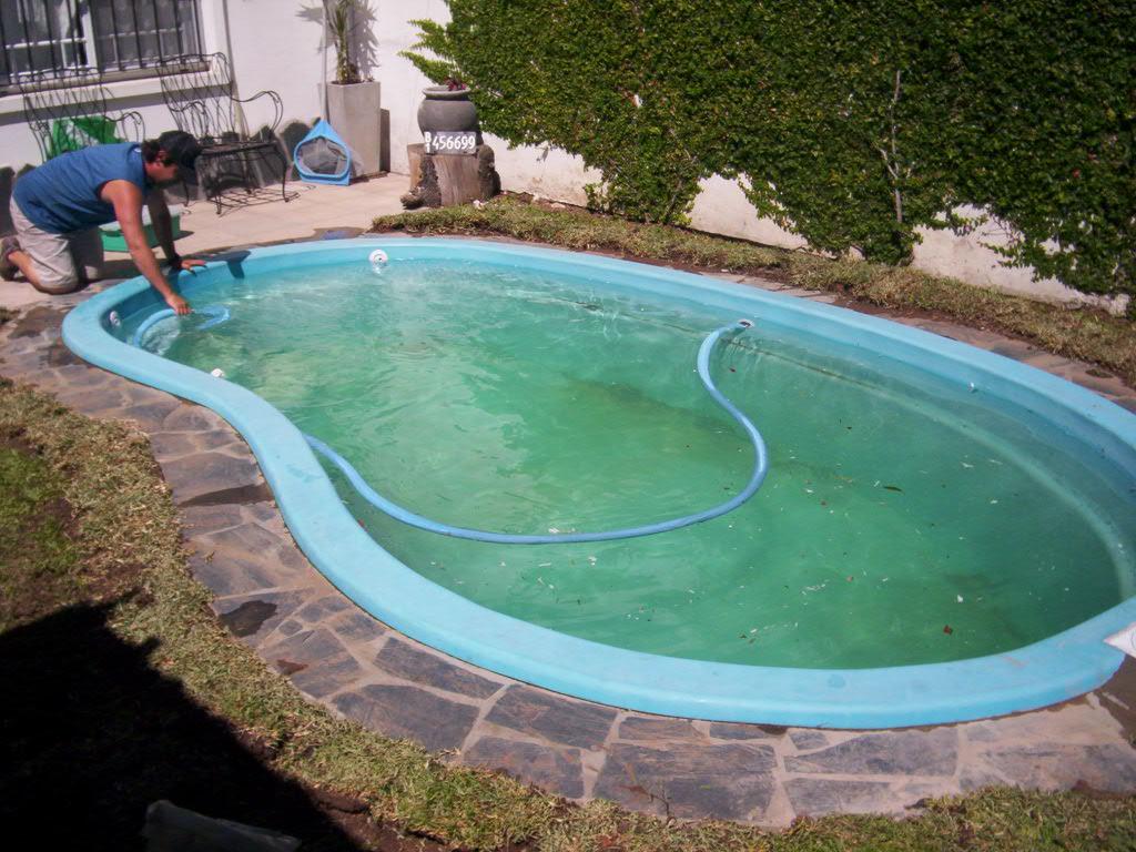 Arq martin arevalo arquitectura construcciones for Cataratas para piscinas
