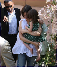 Lovelysuri Cruise Katie & Suri Leave Scientology Center
