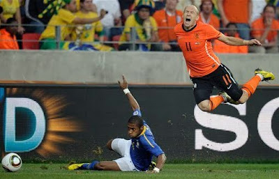 Belanda + Uruguay