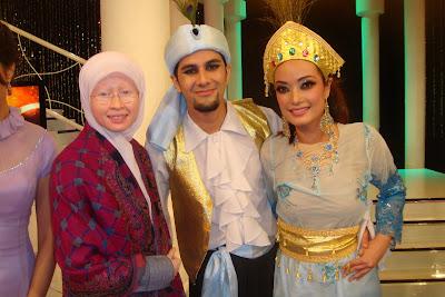 Sein dan Nana adalah pasangan yang menjuarai rancangan realiti Sehati Berdansa musim ketiga