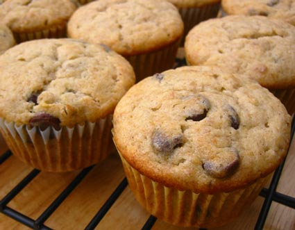 FOODS - RECIPES: recipes for kids: chocolate chip banana muffins