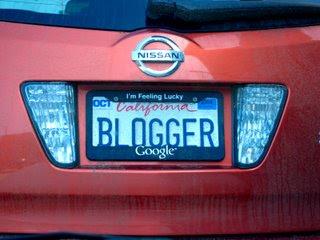 Placas Estranhas, Bloguer