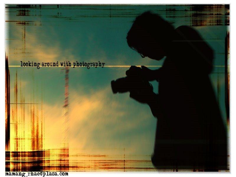 yang ketiga adalah efek dari siluet orang yang di foto saat senja