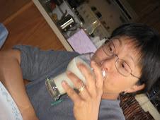 Lisa (Mom)