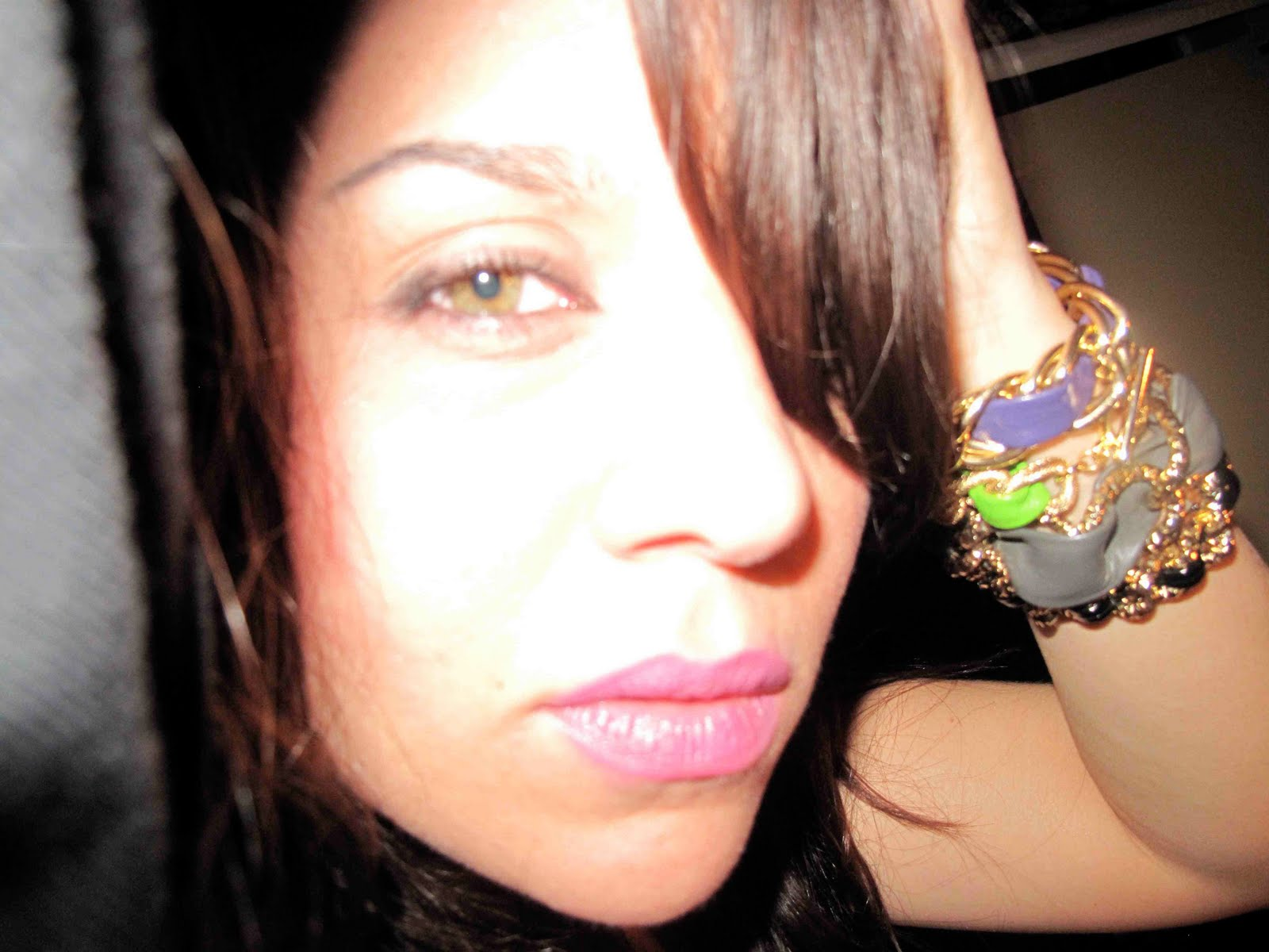 http://1.bp.blogspot.com/_icrRgLdl-7M/S_cp2ZIKMsI/AAAAAAAAAuI/e82xij_Q2to/s1600/Annie4.jpg