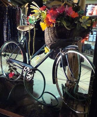 bicycle window display Anthropologie