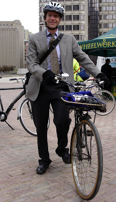 suit sportcoat tie man on Raleigh three speed bike