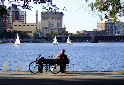man esplanade boston bike