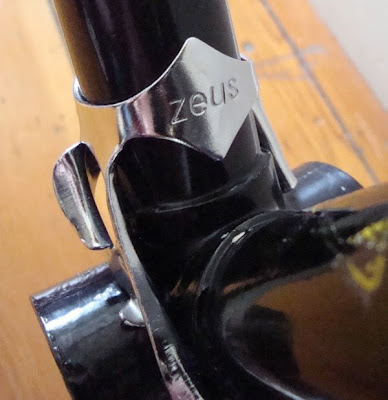 Zeus clamp on double cable guide