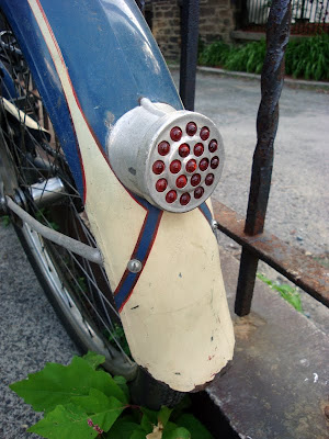 glass bead reflector on a bike