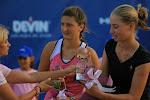 FOTO TENIS: Irina Begu şi Elena Bogdan îşi fac planuri pentru dublu (1 august 2010)