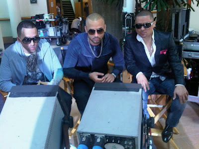 Wisin & Yandel Ft. Larry Hernandez