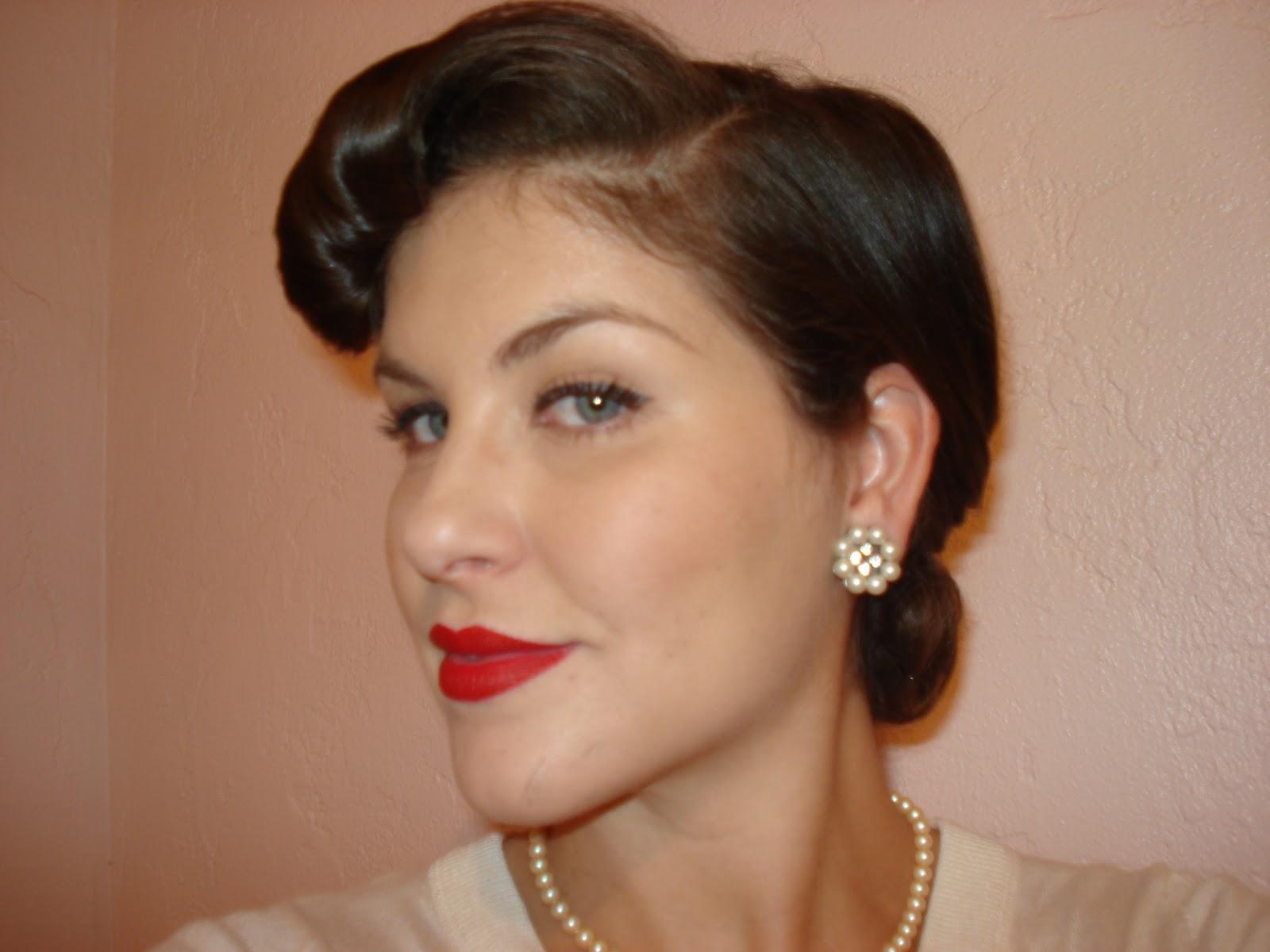 1980s mens hairstyles : Cute Hairstyle Tutorial- Hair How-To: Braided Wreath