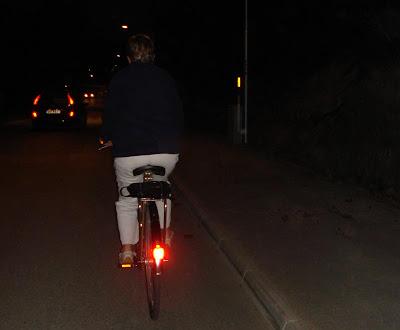 http://1.bp.blogspot.com/_iggu2969I7Y/Ri-61sBJ_oI/AAAAAAAAAYs/fTuoPV9W5QA/s400/Cykel.jpg