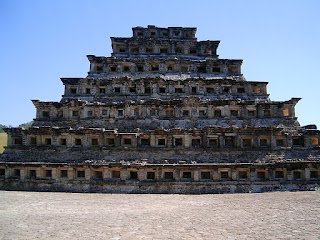 piramide de los nichos tajín