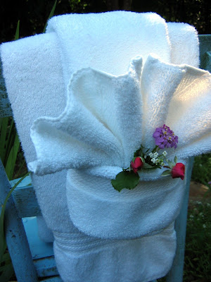 The red chair blog fancy shmancy towel fold tutorial for How to fold decorative bathroom towels