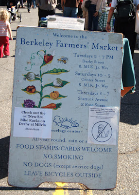 Photo of Berkeley Farmer's Market sign
