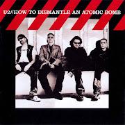 . underrated albums of the decade is U2's How to Dismantle an Atomic Bomb. (how to dismantle an atomic bomb collectors edition del delantera)