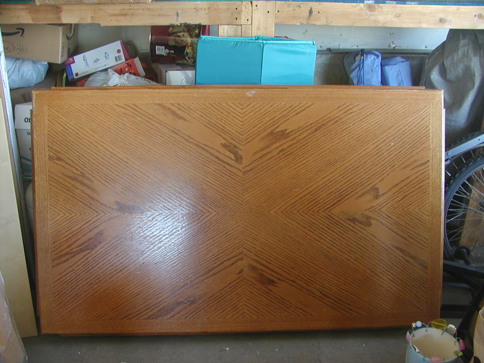 Craft Envy: How To Stain A Wood Table. Full resolution  image, nominally Width 1600 Height 1200 pixels, image with #2C869F.