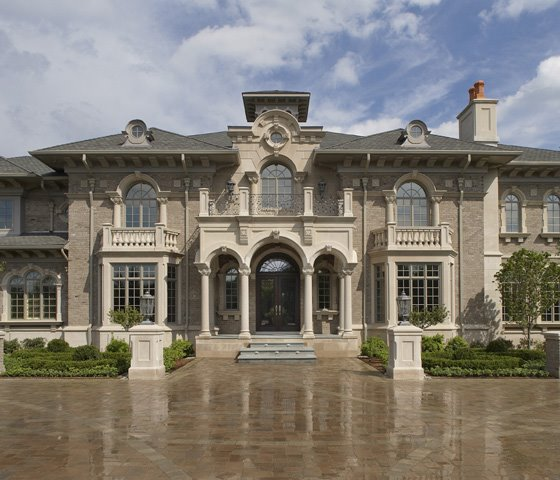 A Look At Mega Mansions 6 Homes Of The Rich