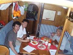 Cena en pleno Atlántico