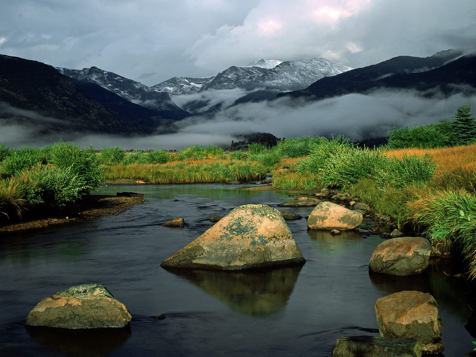http://1.bp.blogspot.com/_ioD6UOQqcyA/Sw8AUQo6ZTI/AAAAAAAABhg/SRgtT6qRdKc/s1600/Sunrise+Light+on+Big+Thompson+River,+Rocky+Mountain+National+Park,+Colorado.jpg