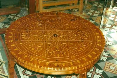 después de la restauración de mesa marroquí