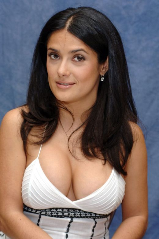 hot salma hayek sexy bra pictures fashion fnder says