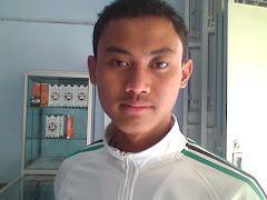 Maco Khan Gue