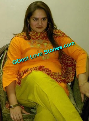 Very Hot Desi Woman