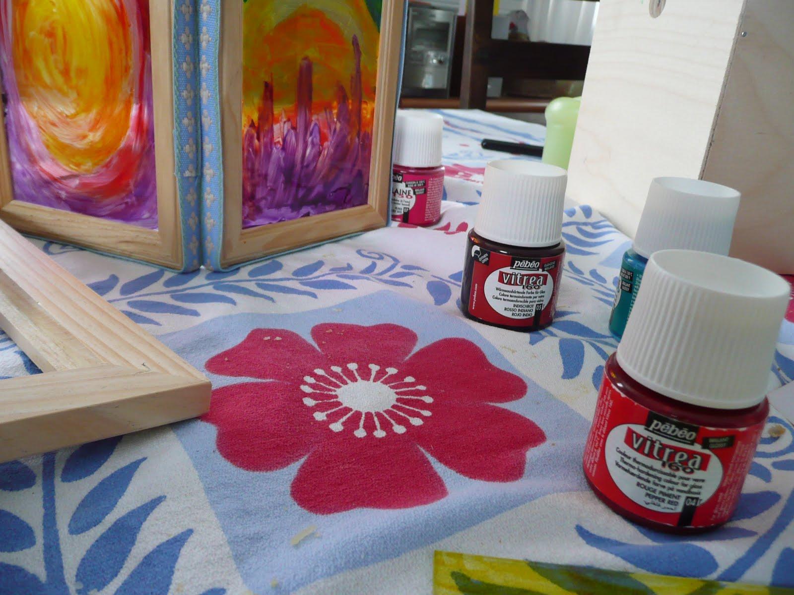 M comme maman pour illuminer nos soir es de fa on color e - Peindre sur une vitre ...
