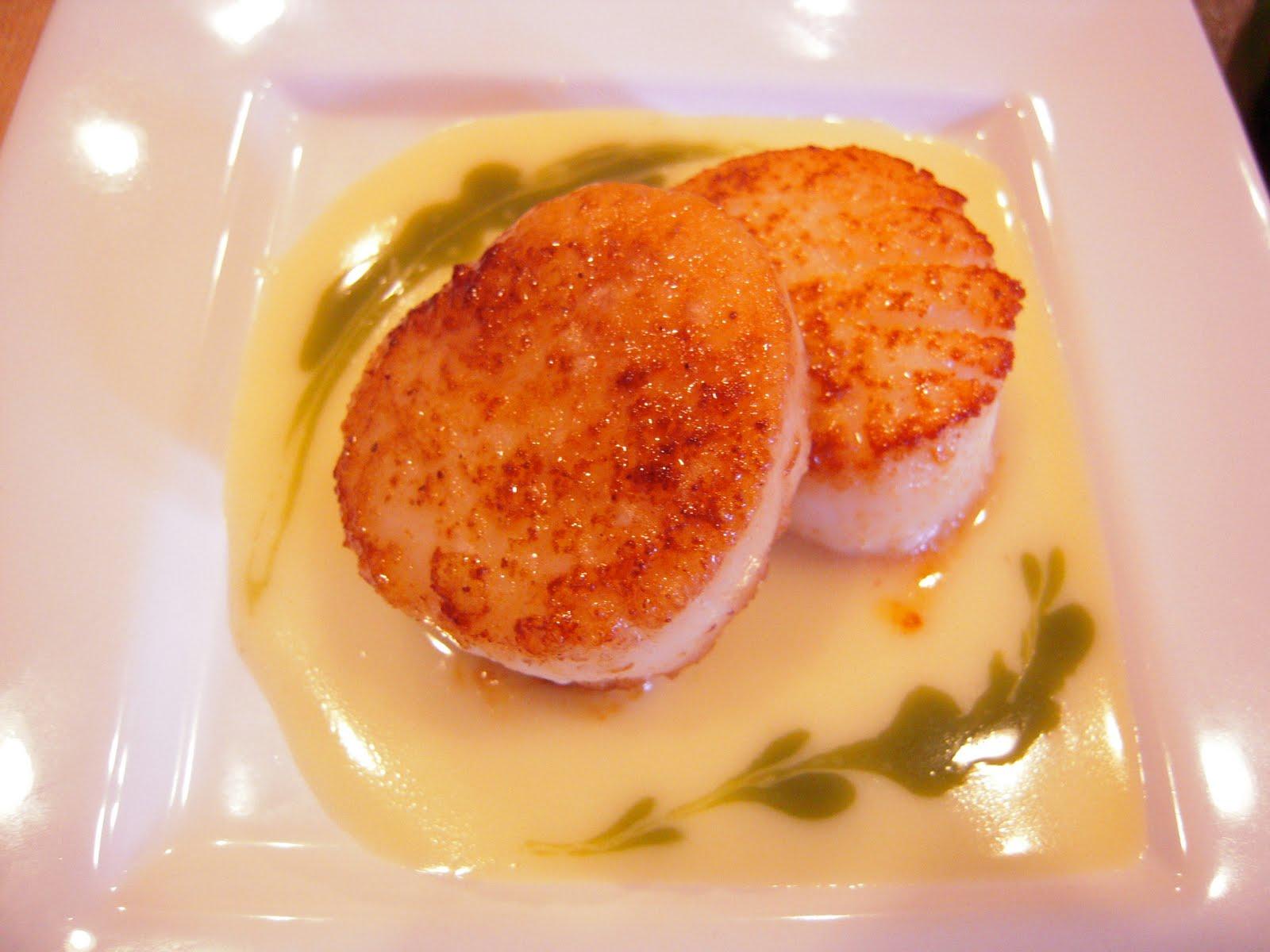 Seared Scallops With Tarragon-Butter Sauce Recipe — Dishmaps