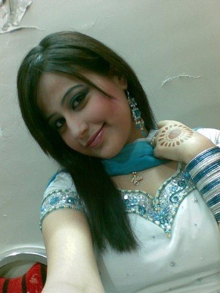 Urdu Babes: Hot latest Pathan Girl