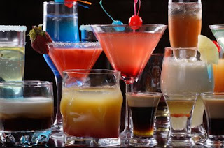 wedding+bar How to Handle Drunk Wedding Guests