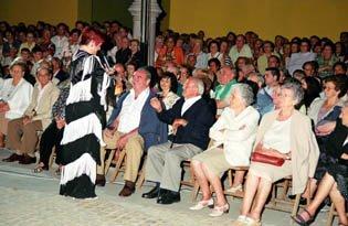 """GALA """"Recordando a Raquel Meller 2007"""" Corita Viamonte y su público"""