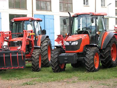 Eccoci alla Krukowiak, fabbrica di trattori e macchinario agricolo in