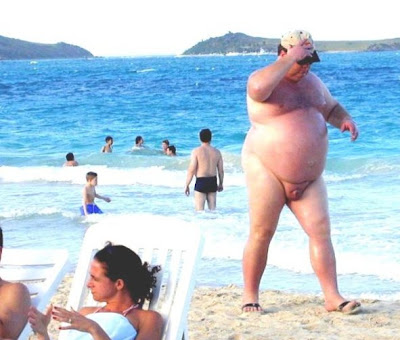 http://1.bp.blogspot.com/_j-DUX_c9sAg/Sk2CbXpwM8I/AAAAAAAADnA/KGhG0_NYxfw/s400/fat+guy+at+beach.jpg