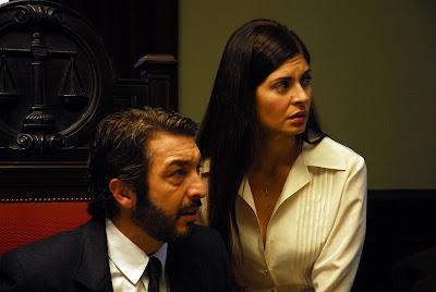 Irene y Benjamín indagando al asesino