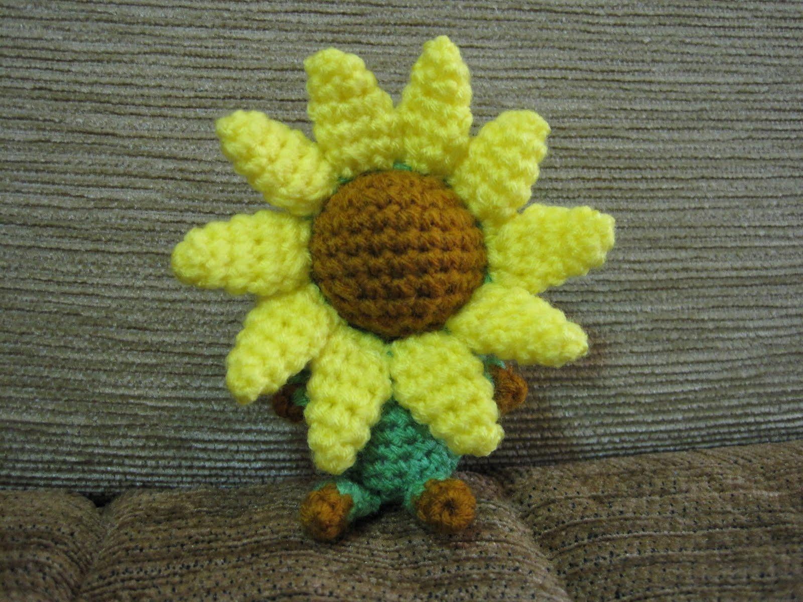 Sunflowers Amigurumi Crochet Pattern Plant : Crochet Inspiration - Sayjai Amigurumi Crochet Patterns ...
