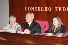 Esdras Dantas de Souza (centro)