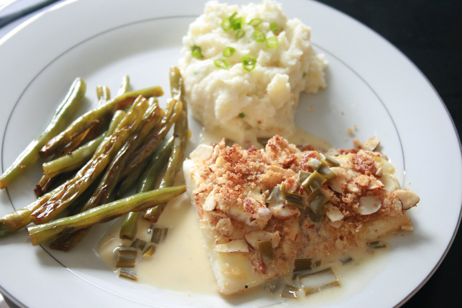 Fabulous Foods!: Almond Crusted Halibut Symphony