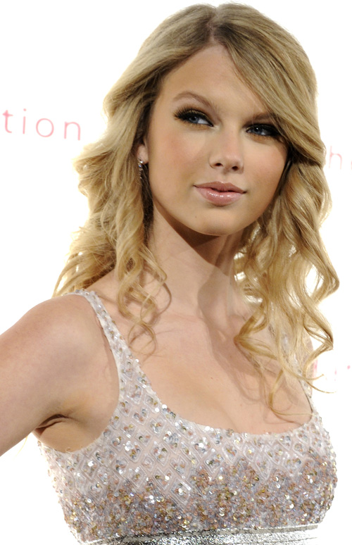 Taylor Swift Natural Hair, Long Hairstyle 2011, Hairstyle 2011, New Long Hairstyle 2011, Celebrity Long Hairstyles 2028